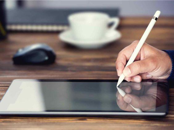 Signature d'un contrat sur un iPad