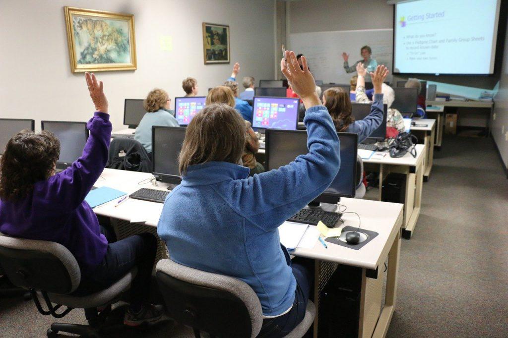 Classe digitale, élèvent qui participent